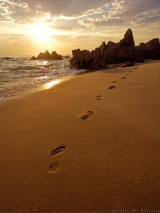 Evanescent Footprints